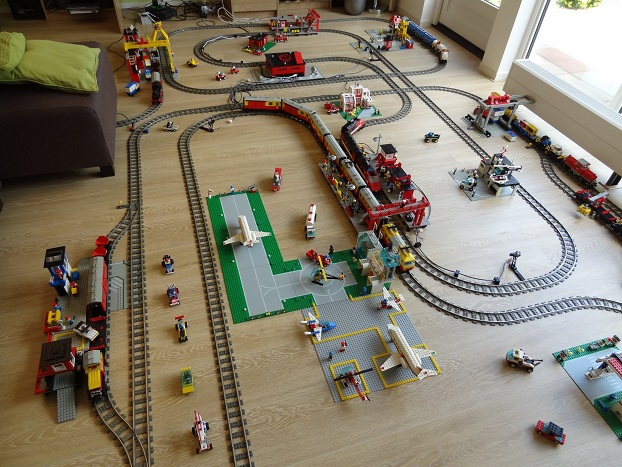 Automated Train Layout